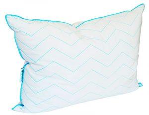 Almohada soñare con relleno de microfibras de gel.