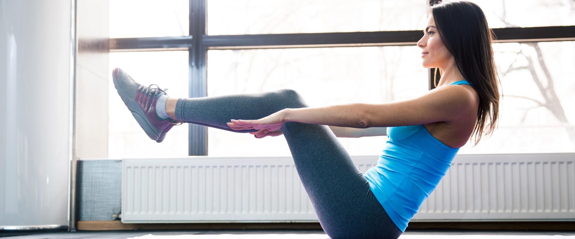 5 eficaces ejercicios para incorporar a tu rutina con AB Tomic